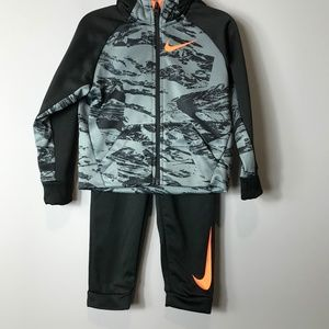 NWT Nike Dri-Fit Sweatsuit